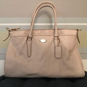 Coach bag, cream